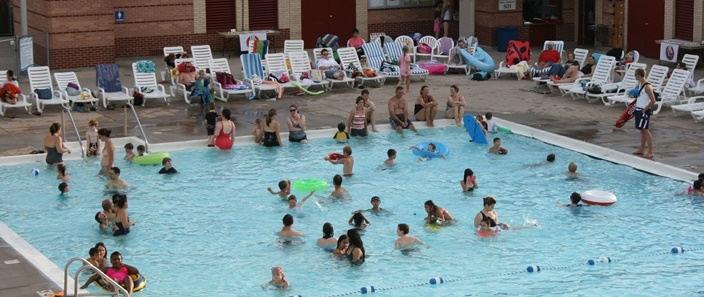Monona Community Pool